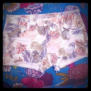 NWOT- Womens Shorts